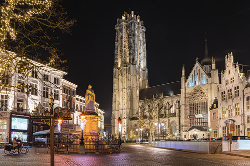 Magical Mechelen in the night