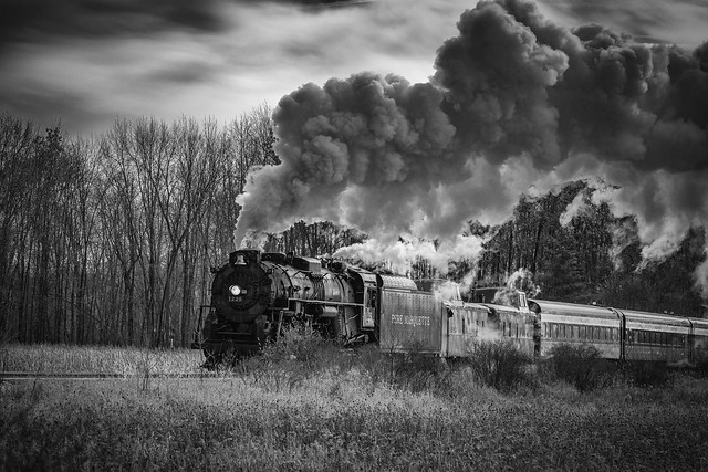 Pere Marquette 1225 chugging along on the North Pole Express route