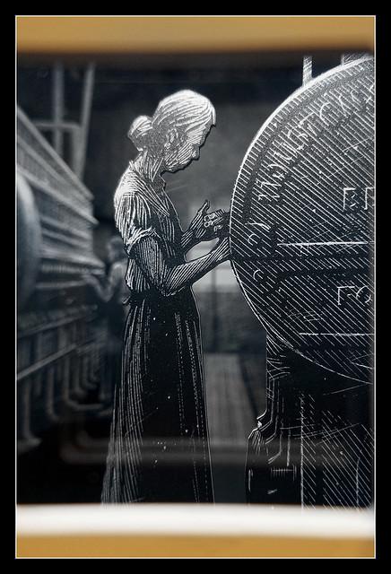 Belfast NIR - Titanic Belfast flax linnen factory display 01