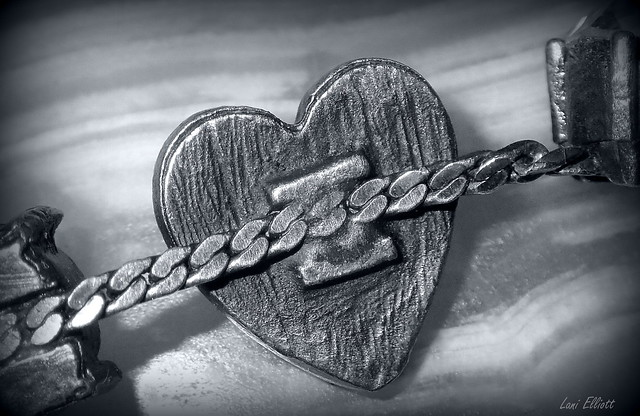 CHAIN of HEARTS.....Macro Mondays !