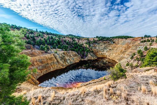 Kokkinopezoula - The Red Lake
