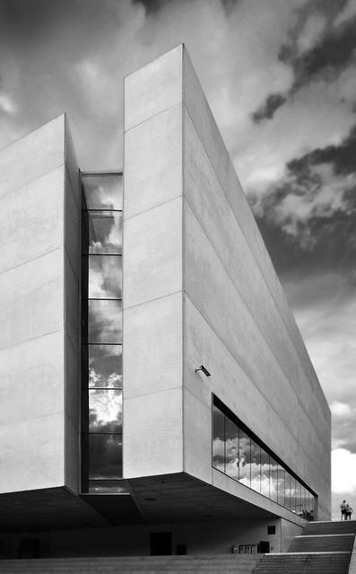 Gate of Poznan / Ad Artis Architects