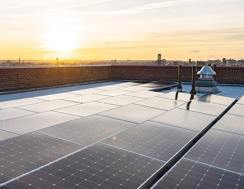 fe_Skiba_Solar_Roof