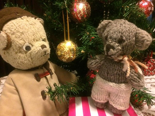 Paddington and Scout Decorate the Christmas Tree 5.