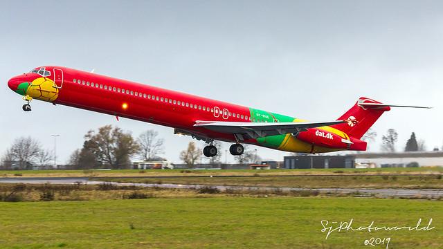 Danish Air Transport McDonnell Douglas MD-83 OY-RUE