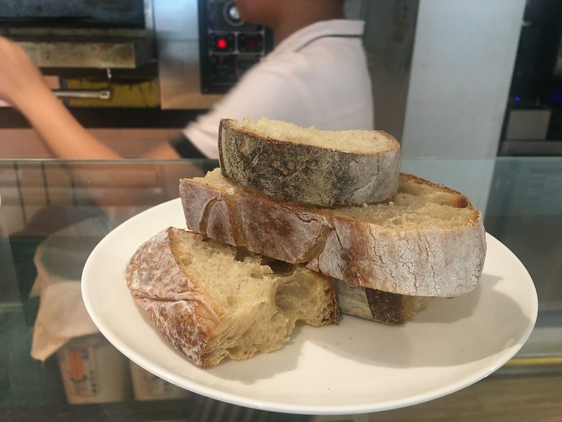 Sourdough Cafe, Tomas Morato