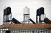 Wassertanks auf den Dächern - Palästinensische Dörfer bei Ostjerusalem