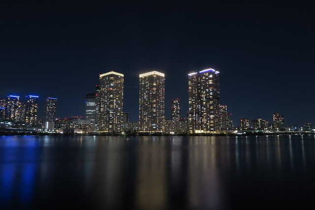night viewing of Toyosu canal side