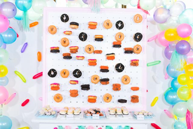 donut wall_ 08 AM