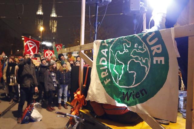 Protest zur OPEC-Tagung (6.12.2019)