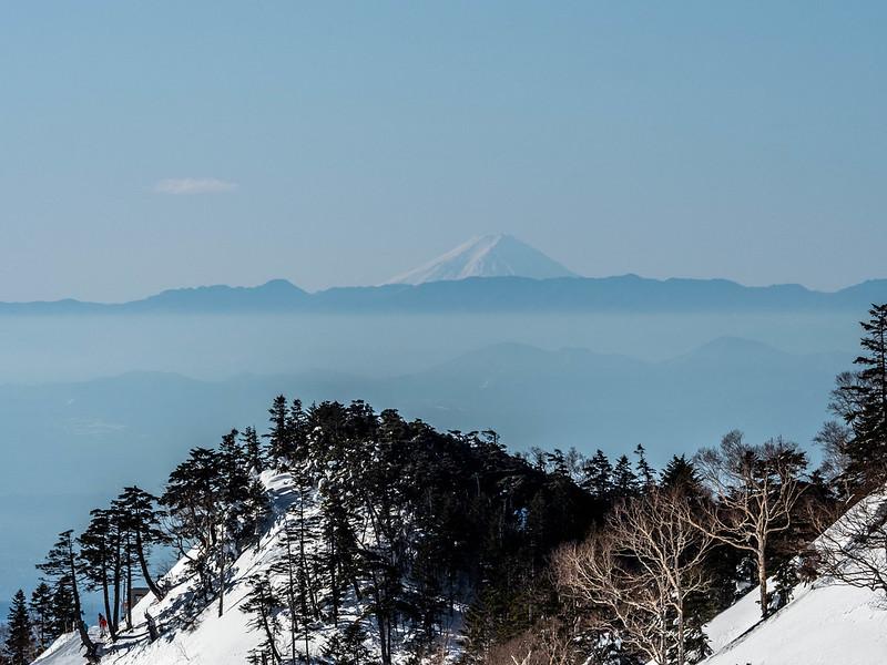 武尊山から見える富士山