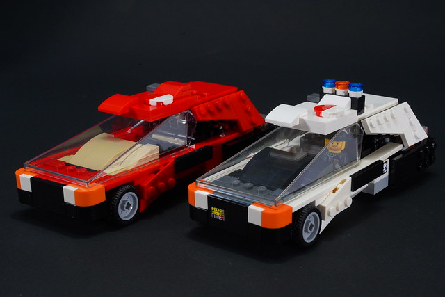 Deckard_sedan_and_Police_car
