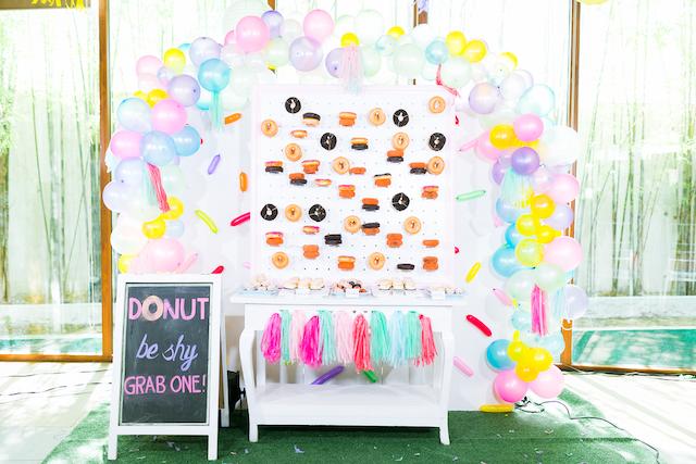donut wall_ 04 AM