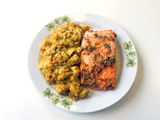 Salmon with honey garlic glaze - Leftovers / Lachs mit Honig-Knoblauch-Glasur - Resteverbrauch