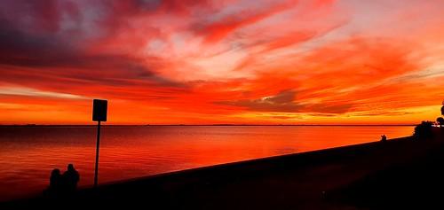 sunset sky red orange nature beautiful highway60 oldtampabay sea water clearwater florida fl usa unitedstatesofamerica courtneycampbelltrail wcourtneycampbellcauseway
