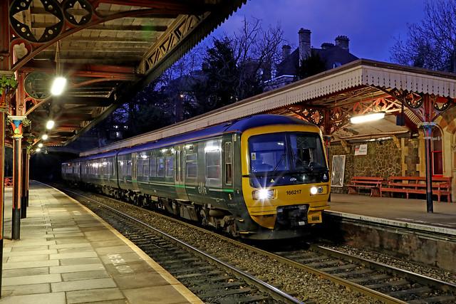 166217 Class 166 Network Turbo Express