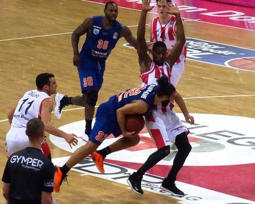 Telekom Baskets Bonn 103:85 Mitteldeutscher BC Weißenfels