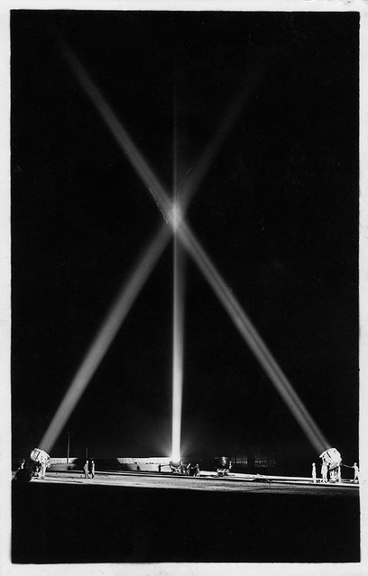 German_Searchlights