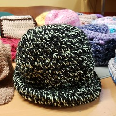 Its rainy... here's a hat. Its $10. Pull up to @spitdatdc at @woollymammothtc and get warm! . #thatpoetryhost #scarfseason #crochet #iCrochet
