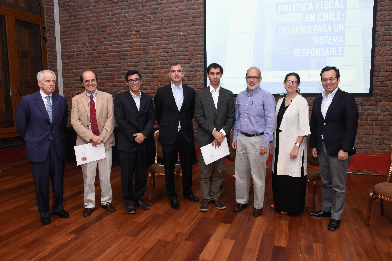 Seminario Política fiscal en Chile: desafíos para un sistema responsable