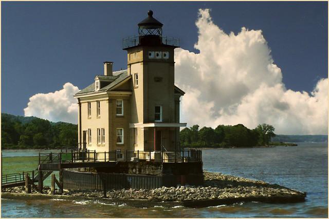 PC - lighthouse upstate - 5800758232_66537f8e3d_o
