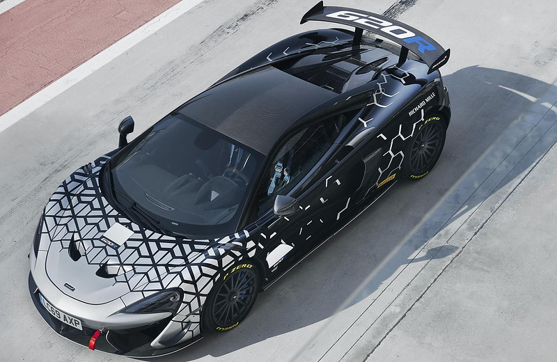 2020-McLaren-620R-6