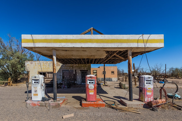 Closed Whiting Brothers Gas Station at Newberry Springs on Route 66 in  California
