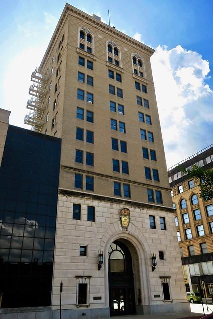 American Trust and Savings Bank, Dubuque, IA