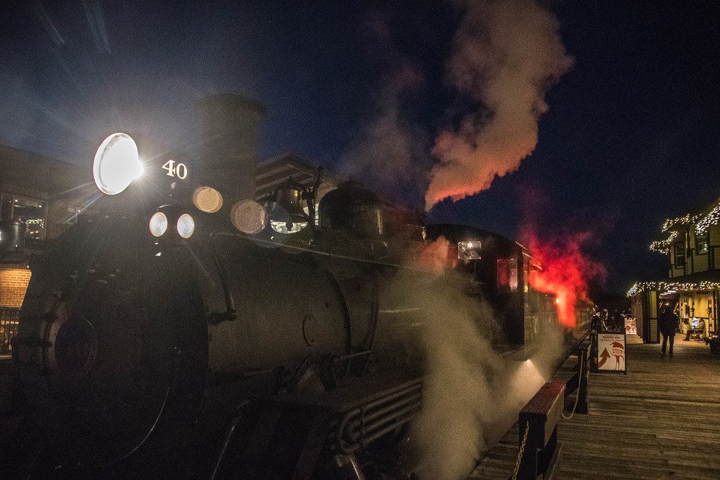 Santa Steam Engine Spectacular