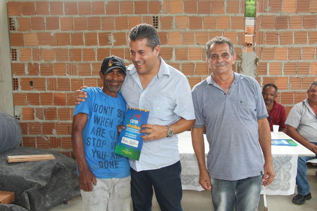 Alcobaça entrega kit apicultura e CARCEFIR na comunidade da Igrejinha (7)