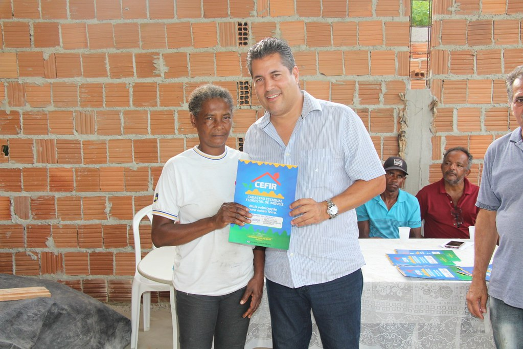 Alcobaça entrega kit apicultura e CARCEFIR na comunidade da Igrejinha (6)