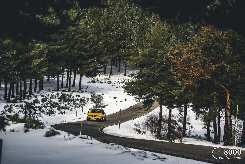 Renault Megane RS Trophy - 8000vueltas-5