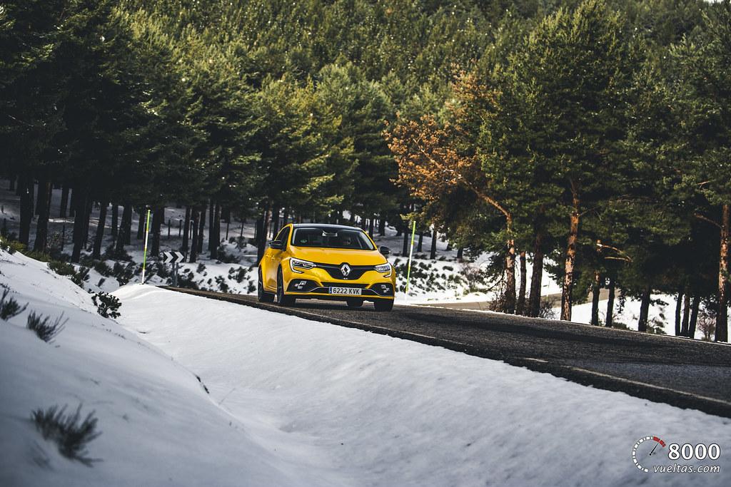 Renault Megane RS Trophy - 8000vueltas-3