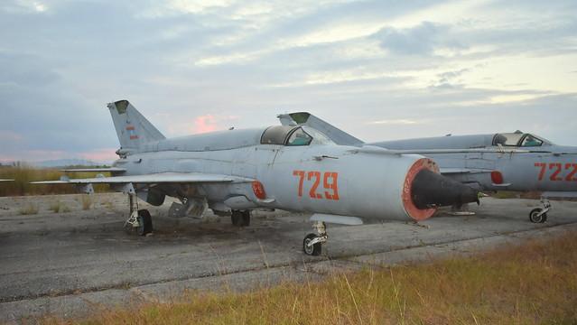 Mikoyan-Gurevich Mig.21bis c/n N75094872 Laos Air Force serial 729