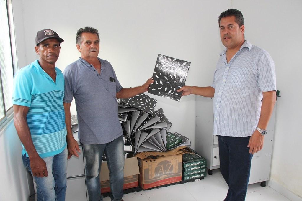Alcobaça entrega kit apicultura e CARCEFIR na comunidade da Igrejinha (21)