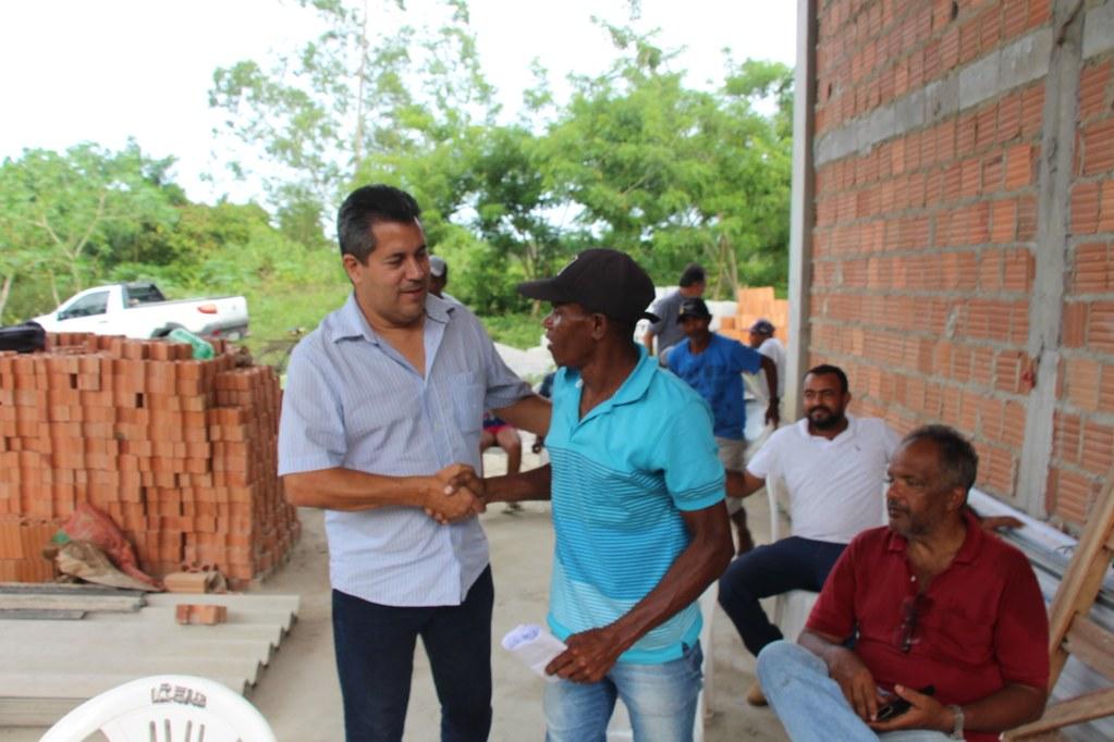 Alcobaça entrega kit apicultura e CARCEFIR na comunidade da Igrejinha (1)