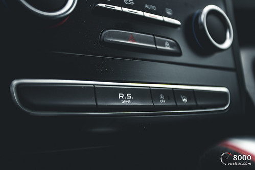 Renault Megane RS Trophy - 8000vueltas-49