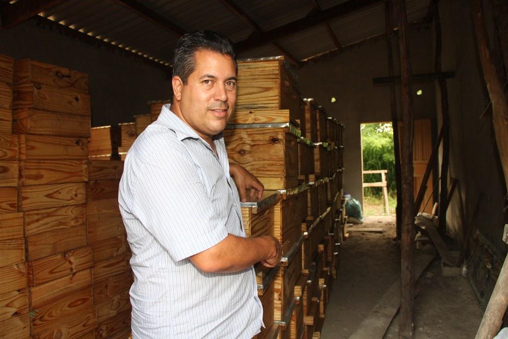 Alcobaça entrega kit apicultura e CARCEFIR na comunidade da Igrejinha (13)