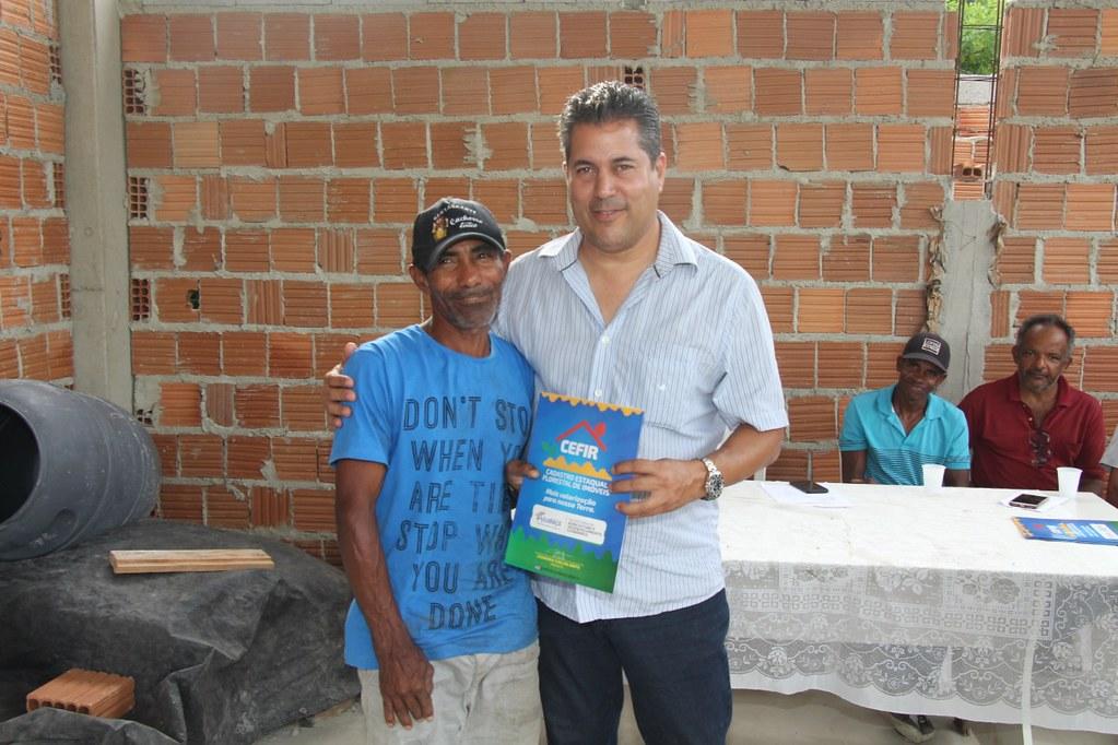 Alcobaça entrega kit apicultura e CARCEFIR na comunidade da Igrejinha (8)