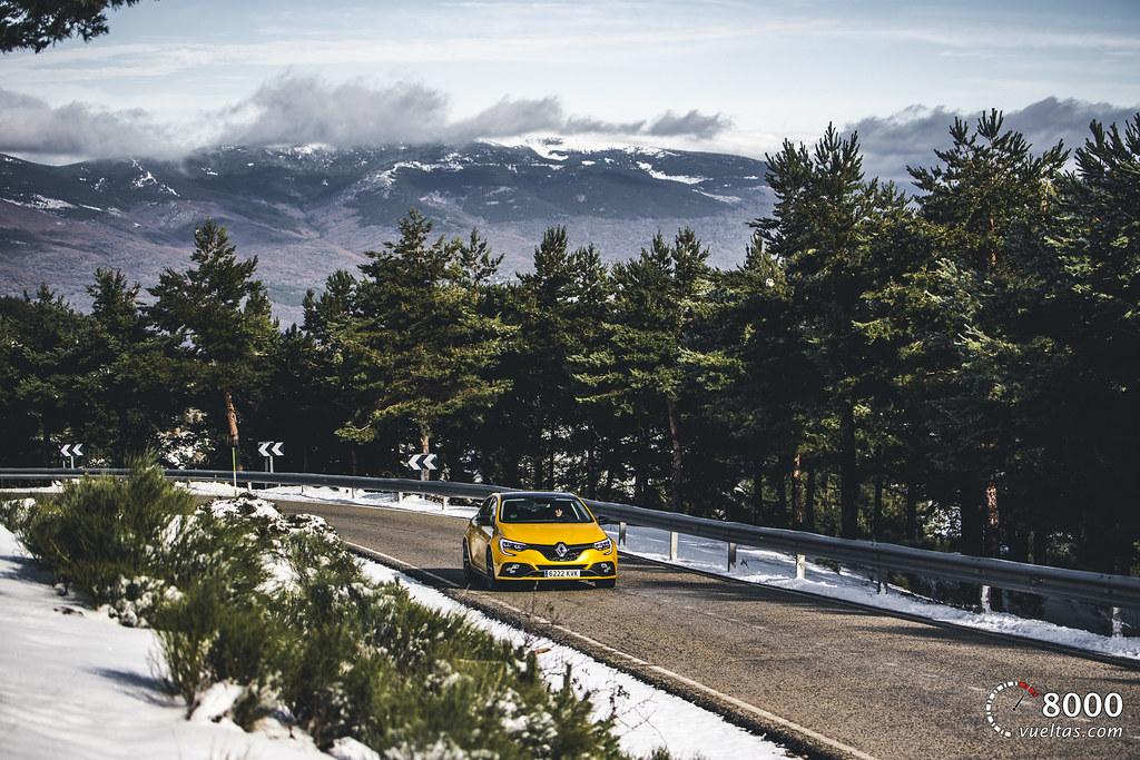 Renault Megane RS Trophy - 8000vueltas-21