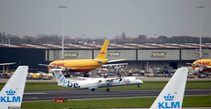 Flybe Bombardier DHC-8-400 G-ECOO departing AMS/EHAM