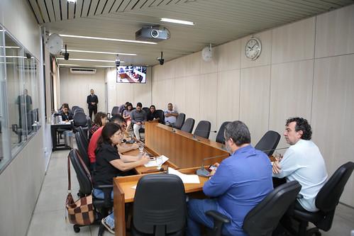 Reunião com convidados para ouvir os representantes do SINDREDE - Comissão Especial de Estudo