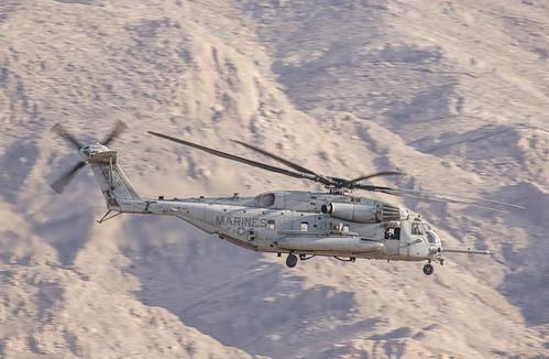 CH-53E of HMH-465