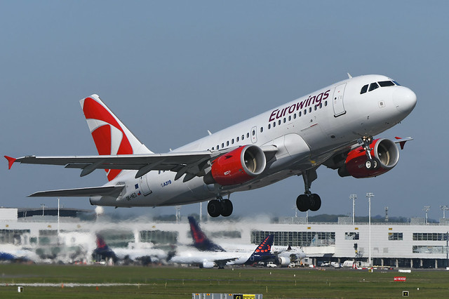 OK-NEO Airbus A319-112 EBBR 13-05-19