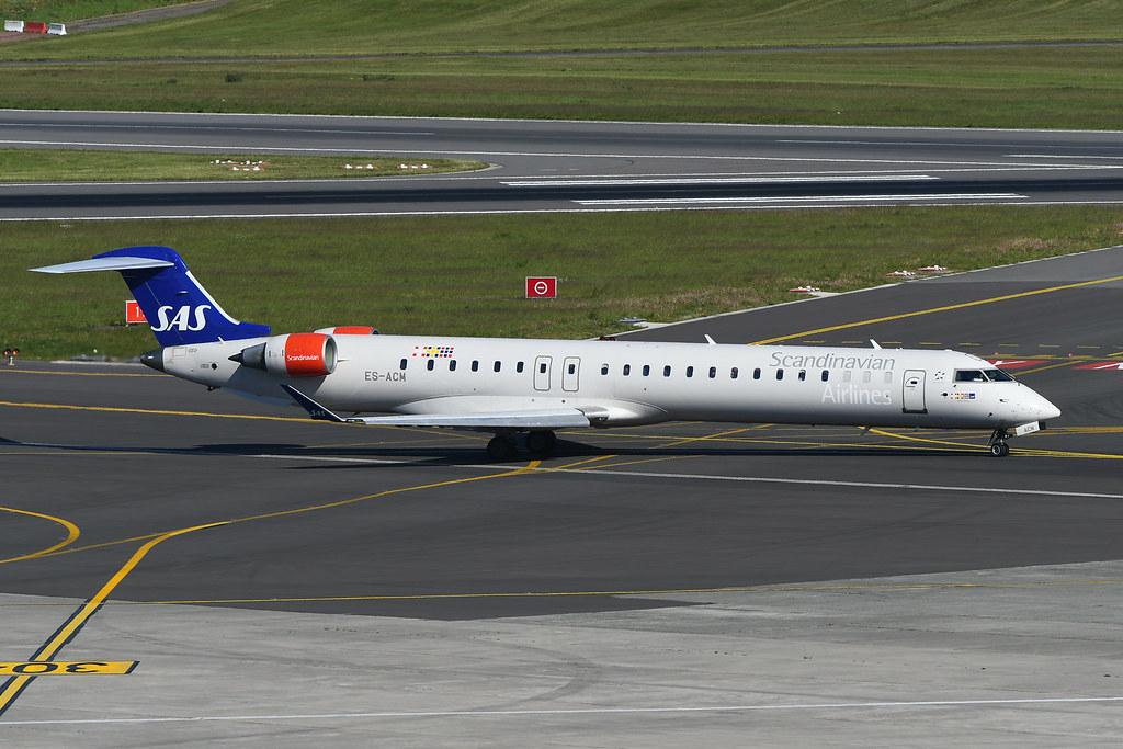 ES-ACM Bombardier CRJ900LR EBBR 13-05-19
