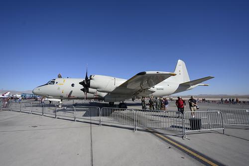 Crew around the P-3C Orion