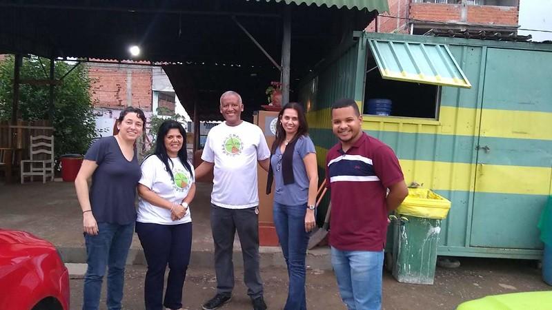 Ecoponto de União de Vila Nova, da esquerda para direita; Denise Alves, Sueli Zacarias, Ionilton Aragão, Miriam Magdala, Thomaz Martins. Outubro de 2018