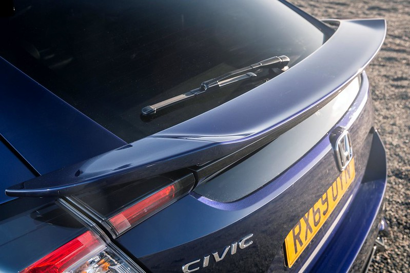 2020-Honda-Civic-Sport-Line-UK-spec-33