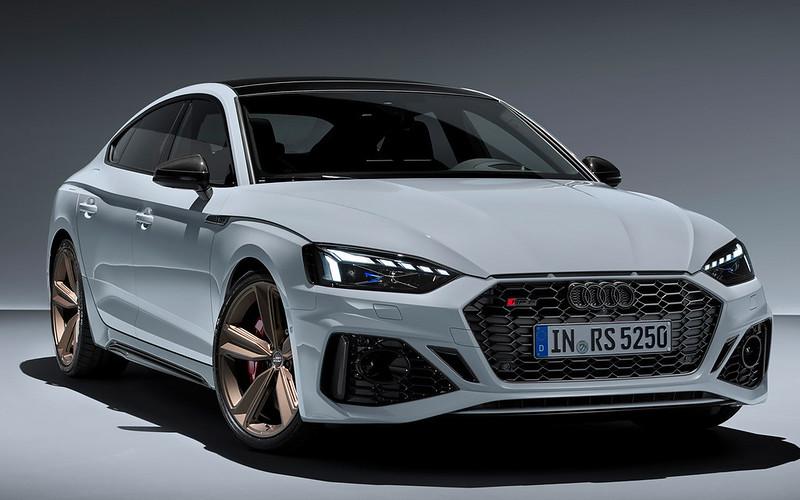 2020-Audi-RS5-Coupe-Sportback-35