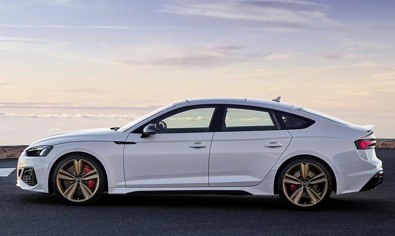 2020-Audi-RS5-Coupe-Sportback-29